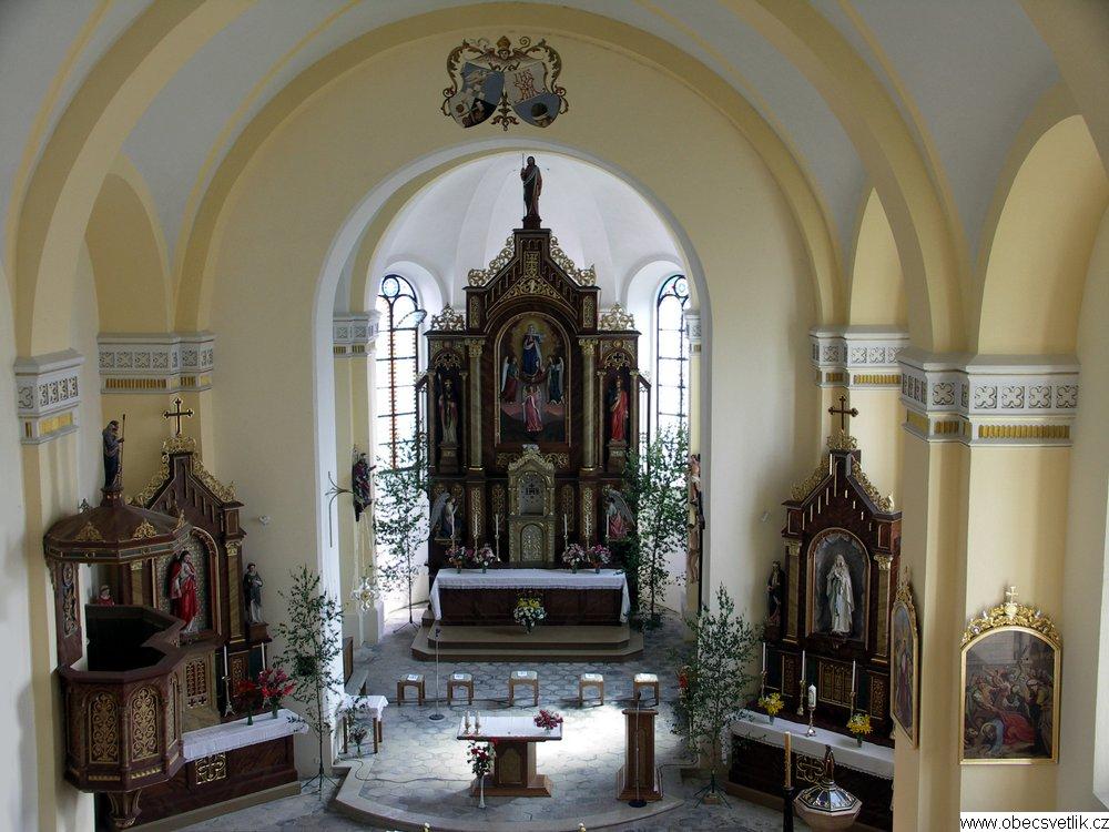465_pout_vyzdoba_kostela_2006.jpg -
