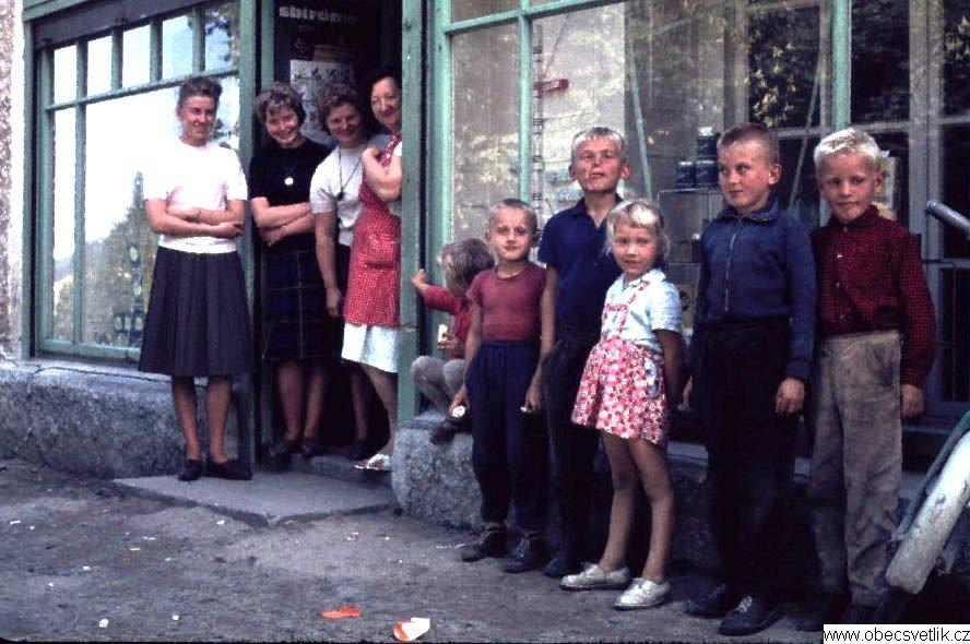 126_svetlik_lidi_1964.jpg -